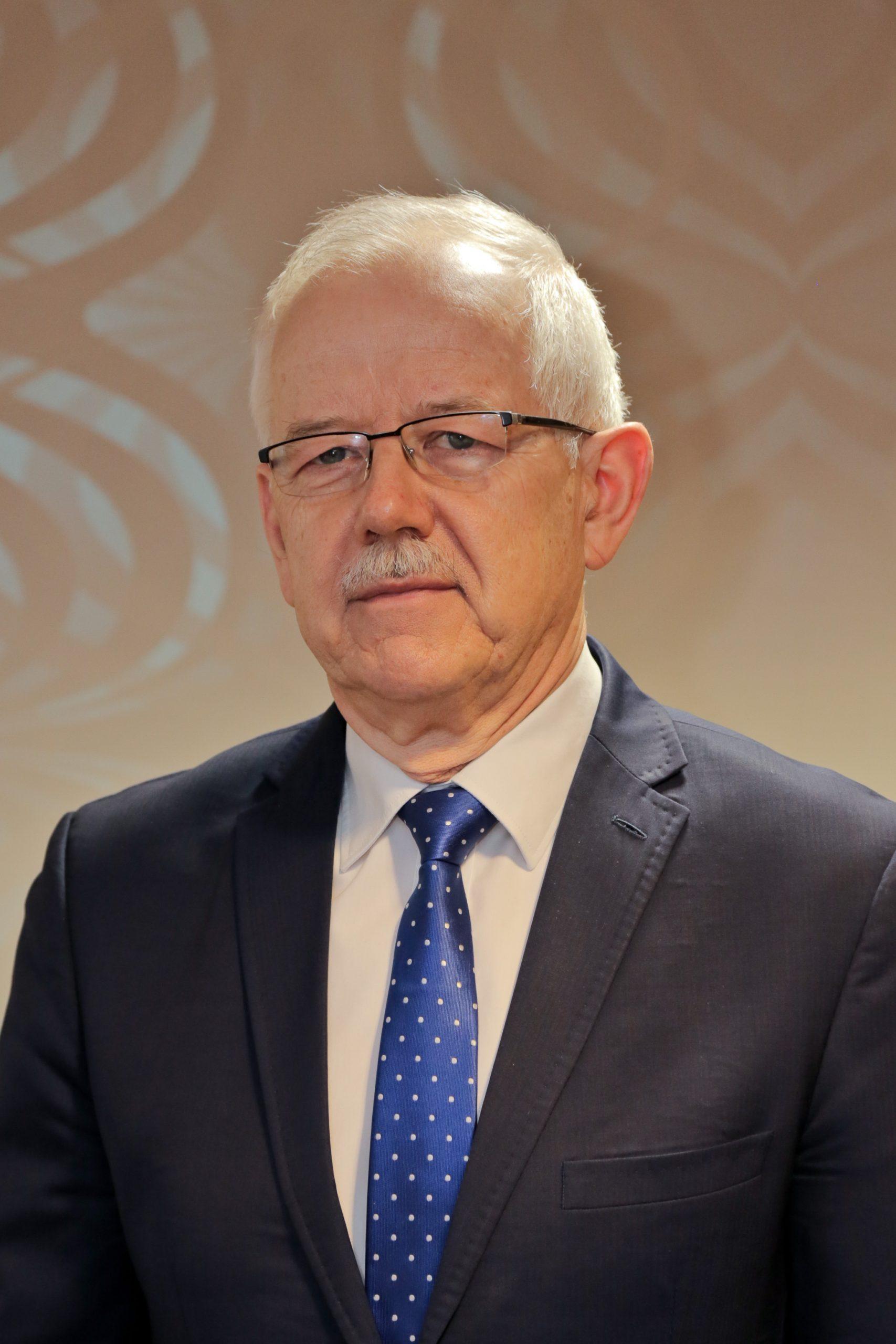 prof. dr hab. n. med. Janusz Kowalewski