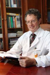prof. dr hab. n. med. Zbigniew Bartuzi