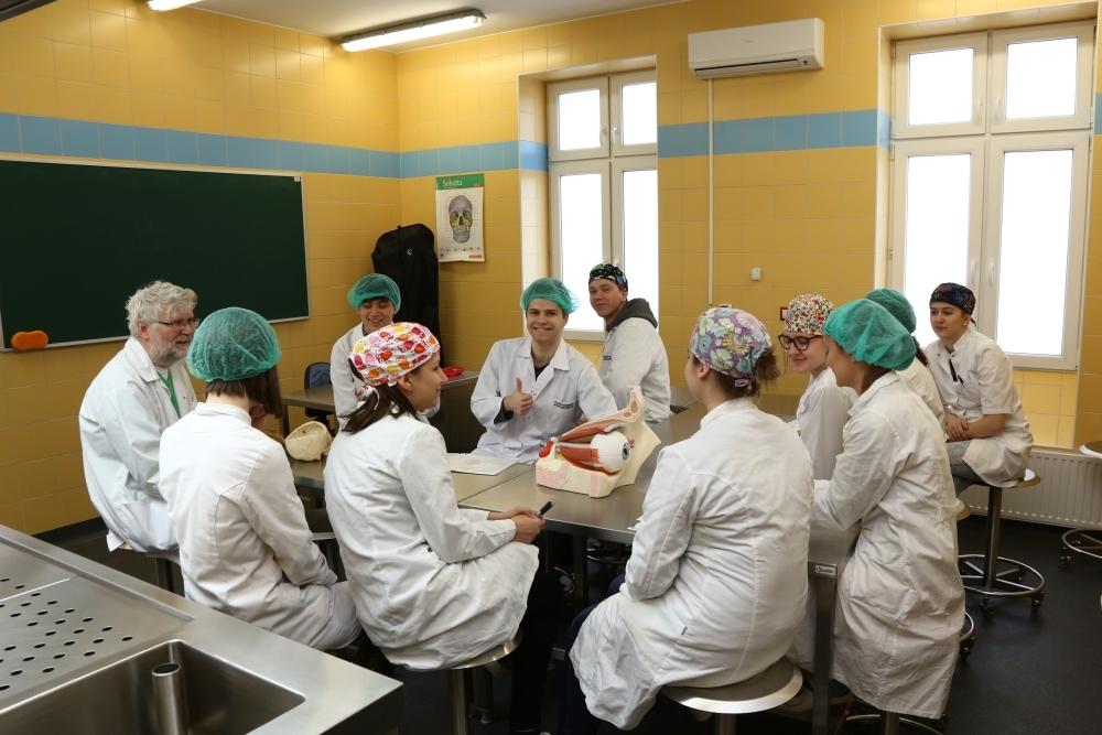 Uczestnicy Konkursu Wiedzy Anatomicznej Scapula Aurea 2015